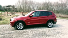 BMW X3 Rare Color BEST OFFER - CLEAN SUV in Naperville, Illinois