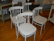 Set 4 Chairs in Goldsboro, North Carolina