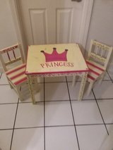 Kids (toddler aged) table and chairs in Bolingbrook, Illinois