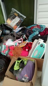 Update#2- WOW!!! CURB/BACKporch ALERT!!! Tons of nice items for FREE! Clothes, Shoes (women, men... in Camp Lejeune, North Carolina