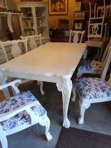 elegant Claw & Ball dining table/ 6 chairs in Camp Lejeune, North Carolina