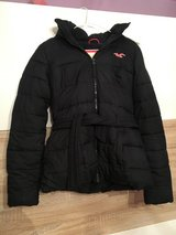 Black Winter Hollister Jacket (not sold anymore in stores) ! in Ramstein, Germany