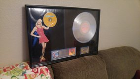 NO DOUBT PLATINUM SALES AWARD! AUTHENTIC in Fort Bliss, Texas