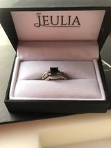 JEULIA TWIST PRINCESS CUT STERLING SILVER RING SET in Cleveland, Texas