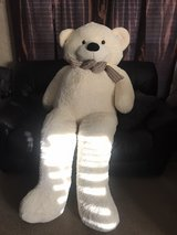 6 ft teddy bear in Cleveland, Texas