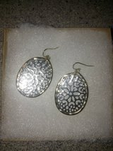 Beautiful Earrings in Aurora, Illinois