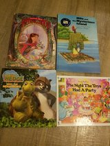 Children's books in Okinawa, Japan