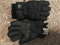 Gloves (Cold/Wet Weather) in Ramstein, Germany