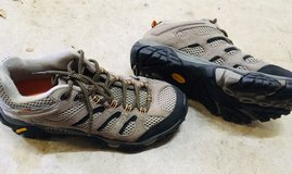 Merrell Moab sz 8 mens (Picture available) in Fort Meade, Maryland