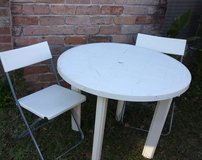 Table & chairs in Spring, Texas
