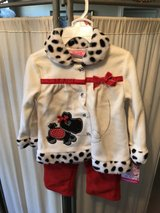***BRAND NEW ***Toddler Girl Fleece Outfit...SZ 24 months in Cleveland, Texas