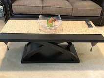 Coffee and end tables set of 3 in Travis AFB, California