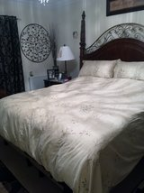 KING-QUEEN DUVET COMFORTER COVER & 2 SHAMS in Lakenheath, UK