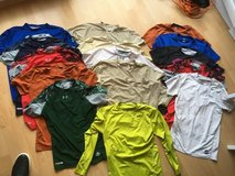 15 Under Armour / Nike Compession Shirts XL in Ramstein, Germany