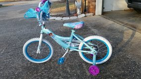 "**REDUCED ** 16"" Frozen Bike with training wheels in Warner Robins, Georgia"