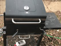 Grill (Need Gone Today $15) in Clarksville, Tennessee