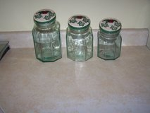 3 pc set vintage glass canisters in Barstow, California