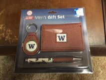 WASHINGTON HUSKIES  Pebble Finish Three-Piece Gift Set *** NEW *** in Tacoma, Washington