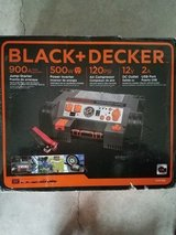 Black +Decker 500W Power inverter in Camp Lejeune, North Carolina