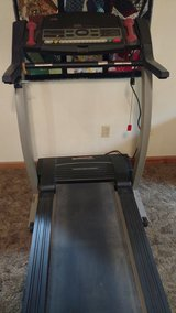 Treadmill in Cleveland, Texas