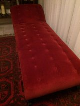 Chaise Lounge red velvet in Ramstein, Germany