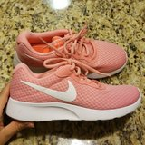 Brand New Never worn Women Pink Nikes 9 1/2. in Hopkinsville, Kentucky