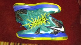 Lebron James 2012-13 Nike's Size 13 fit like 12s in Fort Campbell, Kentucky
