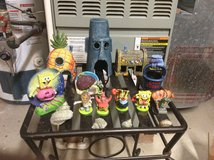 Spongebob bikini bottom aquarium set. in Joliet, Illinois