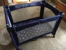 *** COLLAPSIBLE PLAY PEN *** In Very Good Condition in Tacoma, Washington