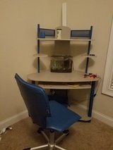 Kids Desk and Chair in Beaufort, South Carolina