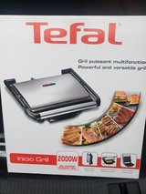 Barely Used 220 V Tefal Grill in Ramstein, Germany