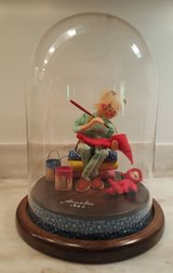 """Annalee 10"""" Artist Doll with Dome signed 1982 - mint condition in Camp Lejeune, North Carolina"""