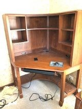 corncer computer desk with hutch in Tinley Park, Illinois