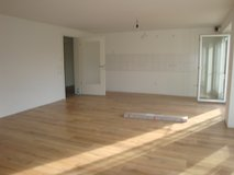 NO FEES BRAND NEW APT WITH YARD ONLY 20 min to Patch in Holzgerlingen in Stuttgart, GE