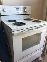 Brand new whirlpool stove/oven in Fort Bliss, Texas