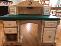 kid desk in Oswego, Illinois