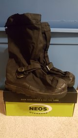 "NEOS 15"" Adventurer All Season Waterproof Overshoe (Small) in Tinley Park, Illinois"