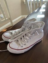 Gently worn White converse high tops in Fort Hood, Texas