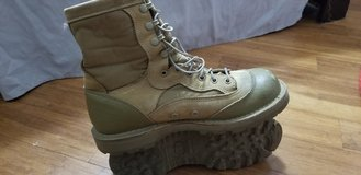 Danner RAT boots size 9R in Camp Pendleton, California