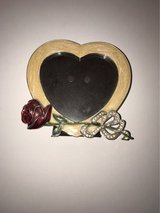 Rose and Heart Picture Frame in Fort Leonard Wood, Missouri