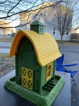cute bird feeder in Joliet, Illinois