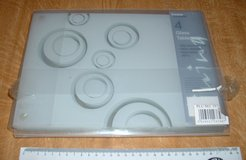 SET OF 4 GLASS TABLEMATS in Lakenheath, UK