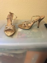 Gold dress sandals sz 7 in Alamogordo, New Mexico