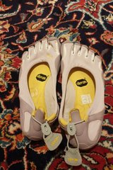 Vibram five fingers shoes in Ramstein, Germany