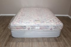 Queen size mattress- (sleep Impressions) in Spring, Texas