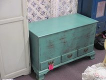 3 Drawer Open Top Pine Chest in Camp Lejeune, North Carolina