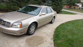 2005 cadillac gold edition in Orland Park, Illinois