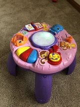 Leap frog activity table in Bolingbrook, Illinois