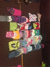 girls clothes lot in Baumholder, GE
