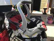 Baby Trend Car seat with two bases in Fort Leonard Wood, Missouri